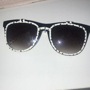 Minnie Mouse Flip Glasses.